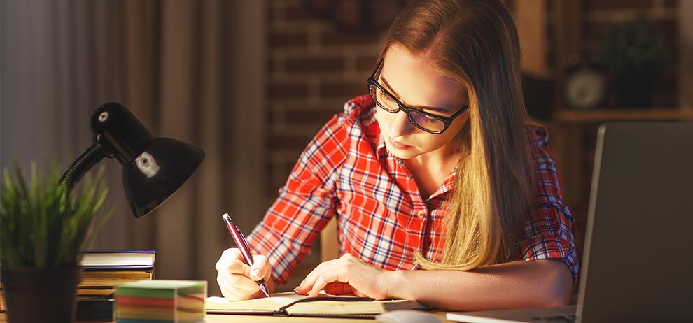 Werkverlichting; tips om de werkplek optimaal te verlichten